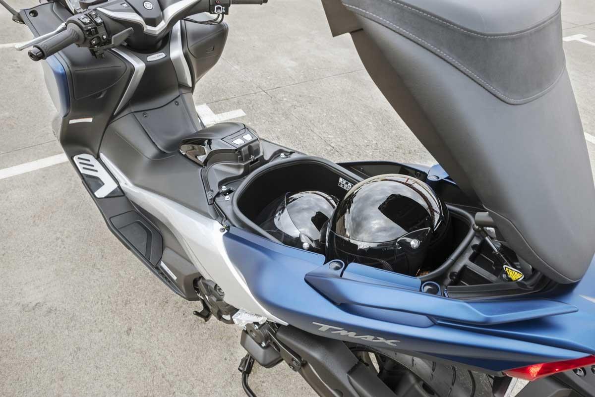 Багажник максискутера Yamaha TMAX DX