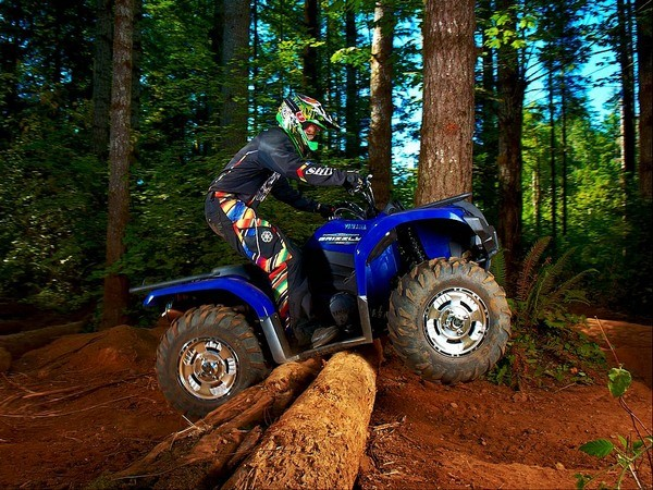Квадроцикл Yamaha Grizzly 700 для бездорожья